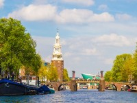 Houseboat rentals in Amsterdam